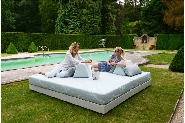 Showroom model daybed €3200,-